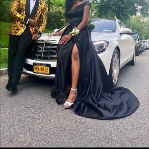 Prom/Gown 🖤